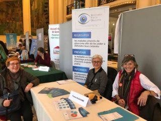 Image des bénévoles au Salon Dynamic Seniors